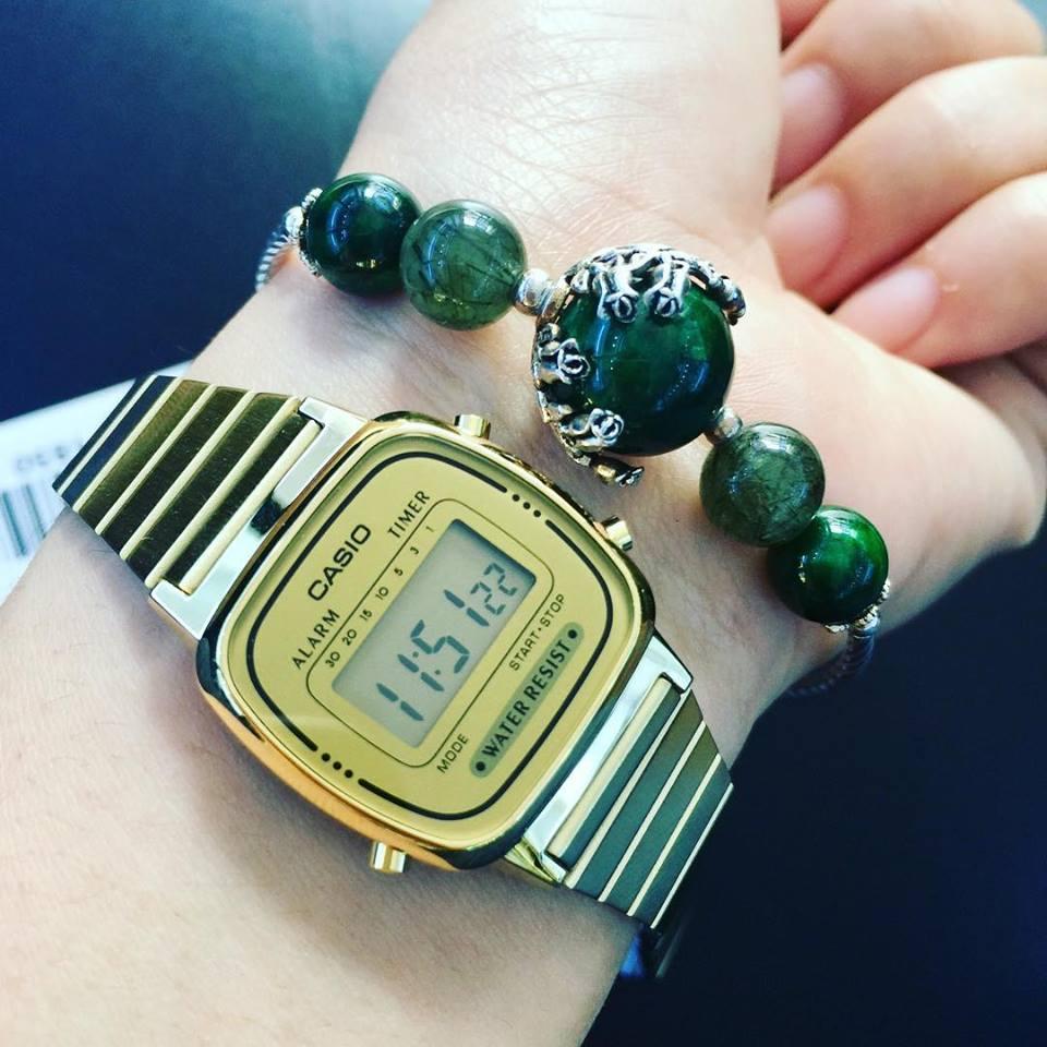 Đồng hồ đeo tay Nhật Bản luôn được phái đẹp yêu thích với quyền lực bí ẩn