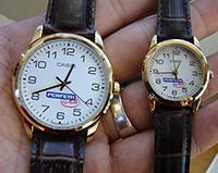Đồng hồ làm quà tặng cho nhân viên kèm logo quảng cáo doanh nghiệp