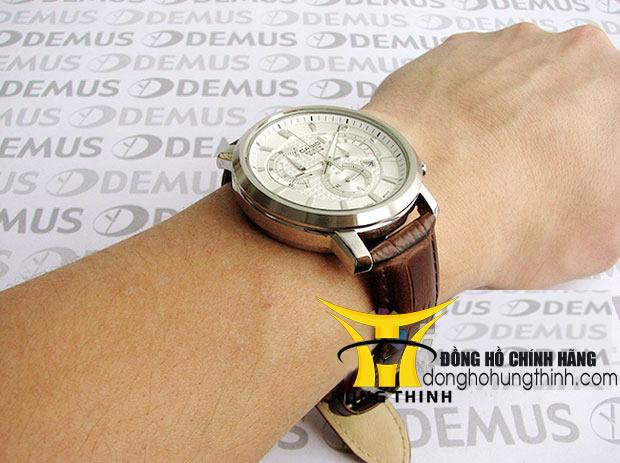 Cửa hàng đồng hồ thời trang chính hãng tại TPHCM