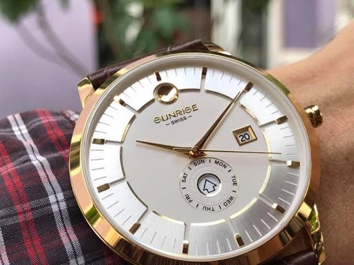 Giá của đồng hồ Sunrise chính hãng bao nhiêu tiền? Nên mua ở đâu?