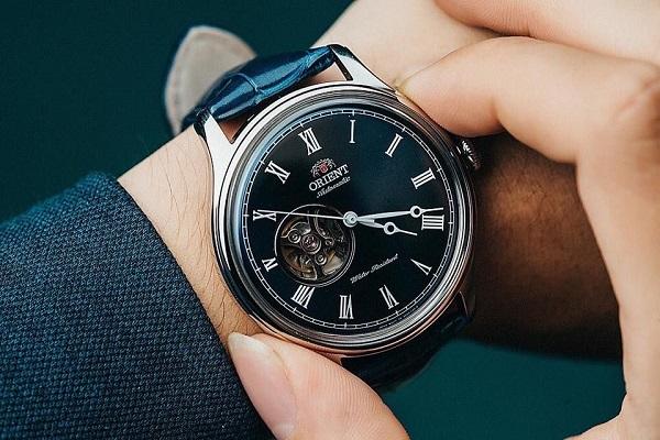 Đồng hồ Orient mặt lồi